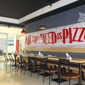 Pizza hut century mall